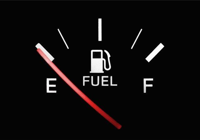 ガソリン 燃費 悪い